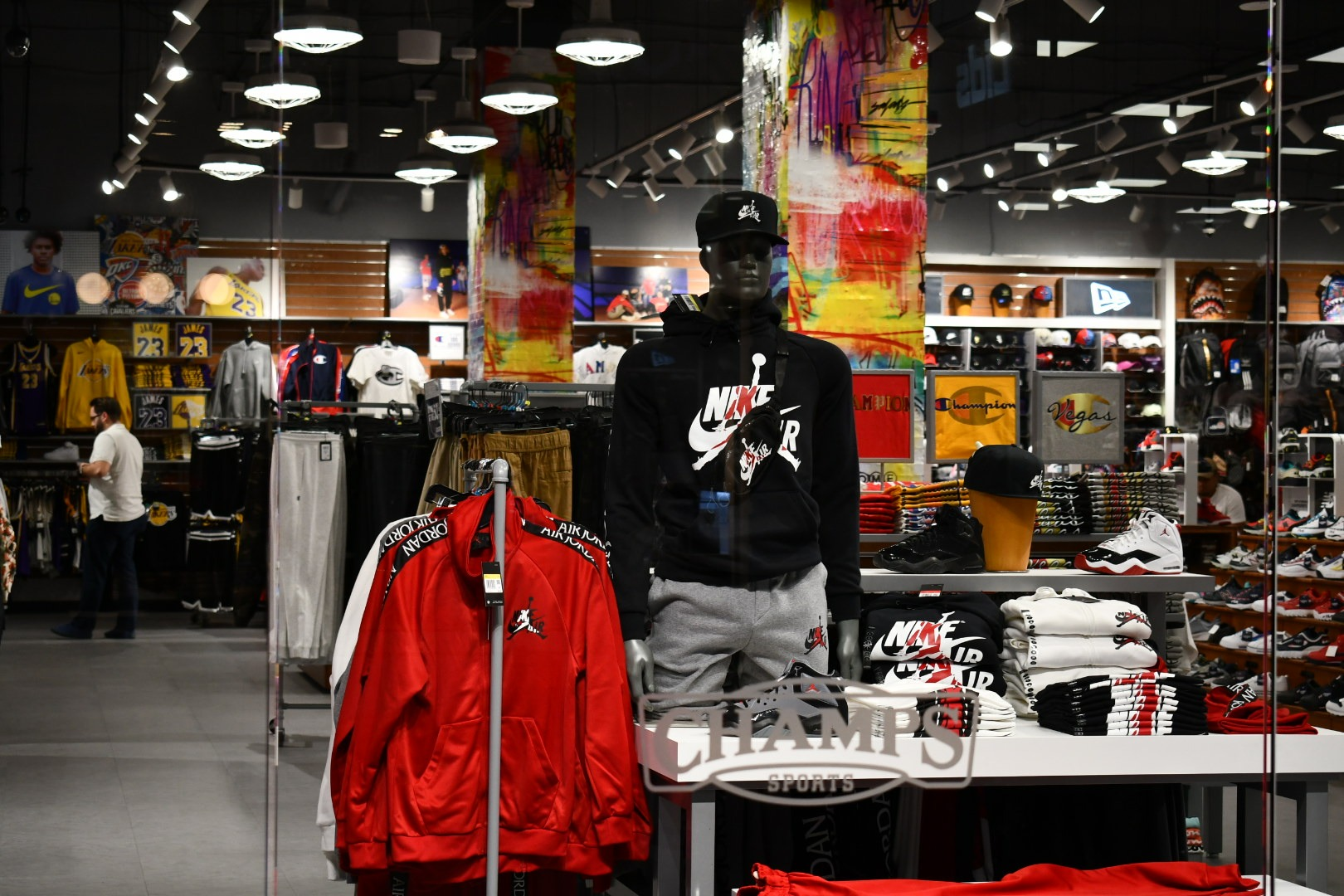 King Saladeen – Champs Sports Miracle Mile Las Vegas